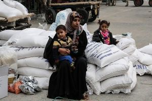 UNRWA Pledges Increasing Efforts to Protect Palestinian Refugees in Gaza